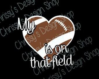 Football heart svg / football silhouette cut file / football mom svg / sports svg / vinyl crafts / football png / football mom print