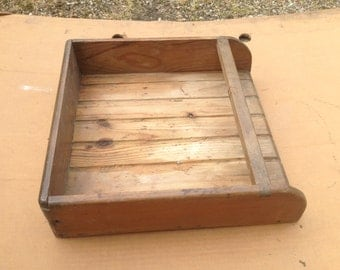 Very nice wooden bread box