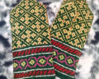 Warm Gloves, hand knitted mittens, winter mittens