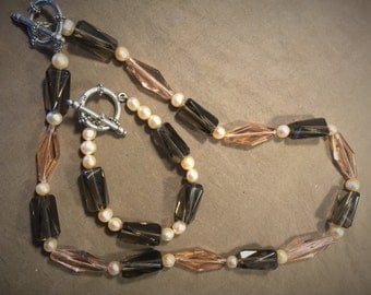 Two Piece Set-Freshwater Pearl and Glass Necklace and Bracelet Set