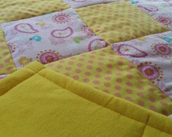 Small Quilt in Yellow and Pink Flowers