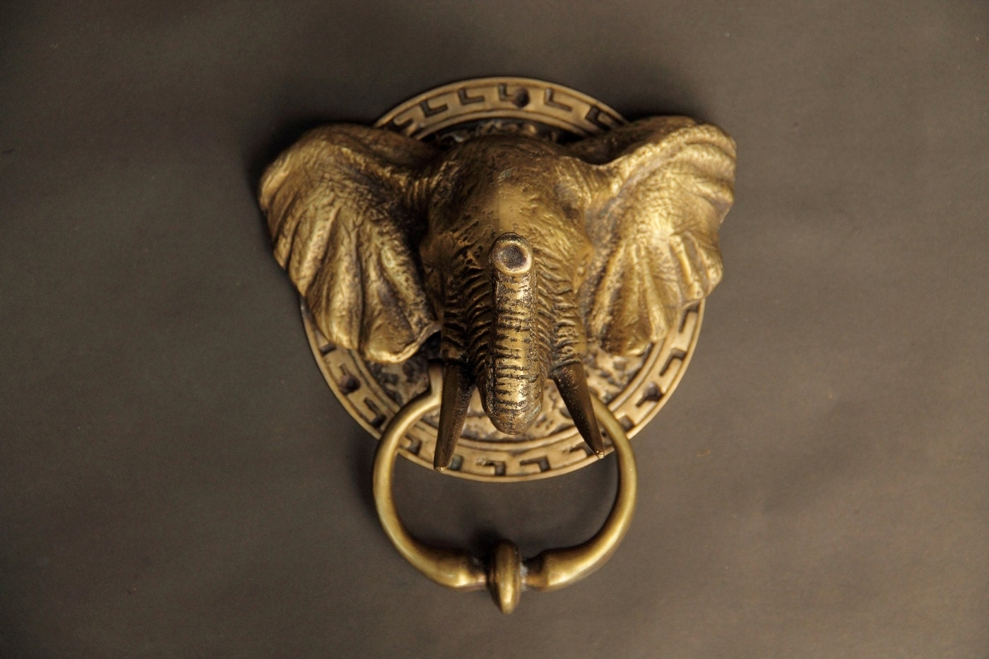 Antique door knocker elephant head door bell by vintagebrassart - Brass elephant door knocker ...