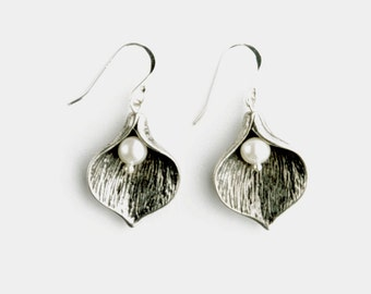 Pearl Calla Lilly Earrings