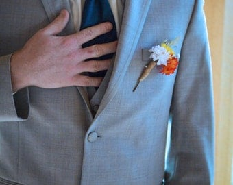 Men's Rustic Twine Boutonniere – Custom Colors