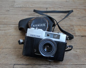 Camera Konica EE-matic