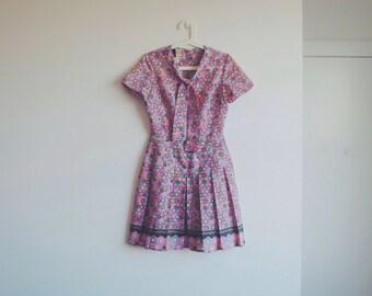 1950s vintage pastel pattern dress