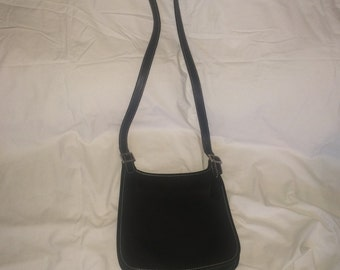 Used coach cross body black canvas womens purse no # COC-8114