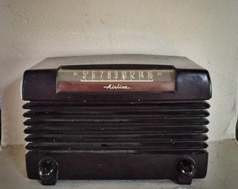 Airline Bakelite Tube Radio