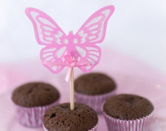 Handmade cupcake toppers pink butterflies | Table decoration