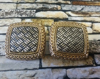 Olivia Weave Textured Square Earrings