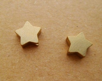 30pcs 8mm Raw Brass Cute Star Beads Charms Pendants Hole Size 1.5mm 0101-0608