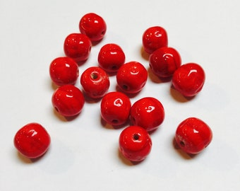 Vintage Japanese Glass Baroque Beads in Bright Red - 15 Pieces - #653