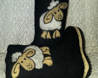 """felted boots for kids """"Friendly sheep"""""""