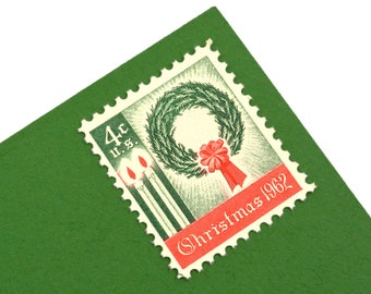 25 Christmas Wreath Postage Stamps - 4c - 1962 - Unused - Quantity of 25