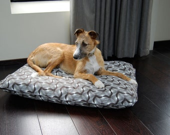 Square Dog Bed with Spiral Print