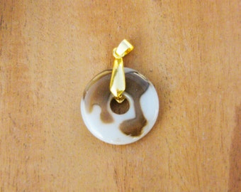 free shipping- Ping Peace Pendant {Agate} with clasp