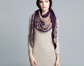 Women warm shawl. Beige stole.