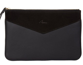 Lena clutch in black leather