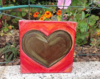 acrylic green heart on canvas