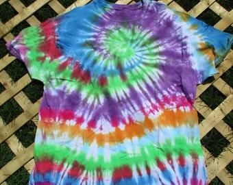 Striped/Spiral Tie Dye Shirt (XL)