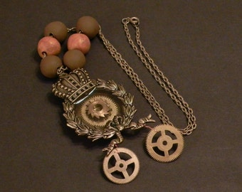 Steampunk jewelry - necklace - Royale