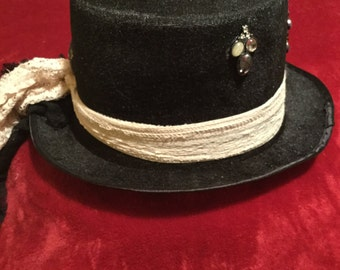 Women's Lace Top Hat