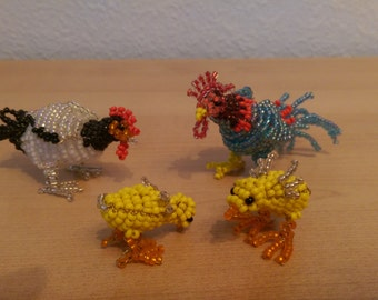 Small chicken family from seed beads