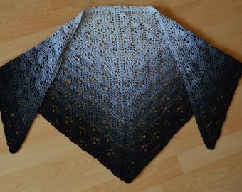 Shawl crocheted Russian dream
