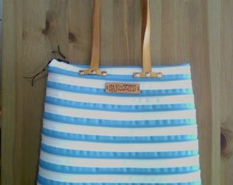Tote bag zips turquoise and white