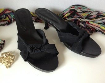 Sandals, Donald J. Pliner, size 7.5M, black, slip-on