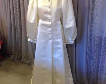 Vogue Pattern-Oscar de la Renta Pattern made Evening Coat