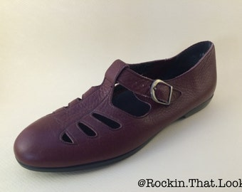 Size 10 Burgundy Leather Shoes with Cut Outs Made in America Flats Vintage