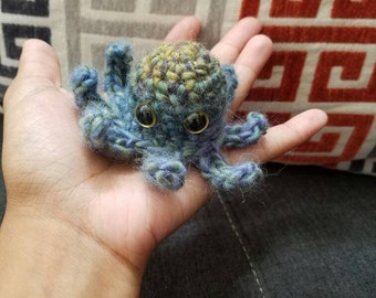 Pudd! Lovable Amigurumi Octopus Just Looking for a Friend