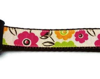 Medium Brown Floral Dog Collar
