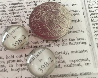2 Fairytale 398.2 Cabochons