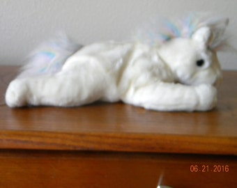 Mystic the Unicorn (fine mane rare)