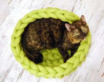 Chunky cat bed, merino wool, Cat cave, 100% wool, Cat house, Cat furniture, Knitted pet bed, Pet accessories, Cat nest, Chunky wool cat bed