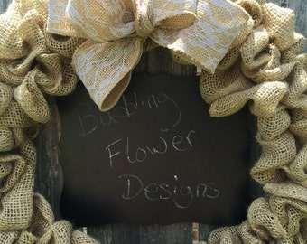 Burlap wreath with chalkboard