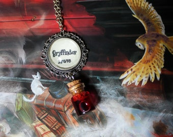 Harry Potter inspired  GRYFFINDOR  Housespride Necklaces |(Ravenclaw, Slytherin, Hufflepuff or Potions)
