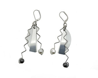 Anodized aluminum sheet and wire half moon earrings with crystal beads, unique, original and chic, pearl, hematite