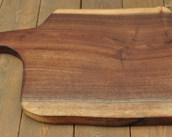 Walnut Cutting Board - Live Edge