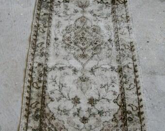 2'2''x4'6'' Handmade Small Rug , Vintage Distressed Carpet