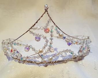 Swarovski crystal and freshwater pearl garland tiara