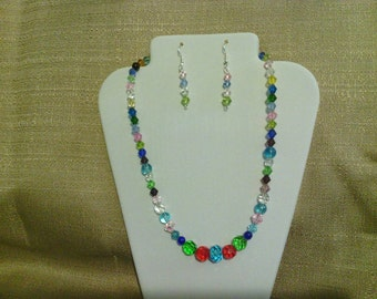 206 Vintage Style Multi-colored Multi Faceted Glass Beads Beaded Choker