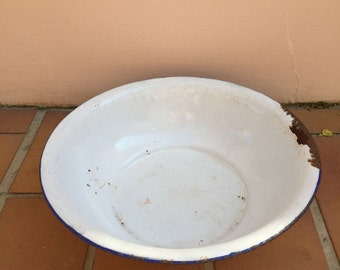 VINTAGE WHITE BLUE trim enamel basin wash bowl tub laundry dish
