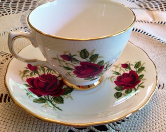 Colcough teacup and saucer pattern 7981