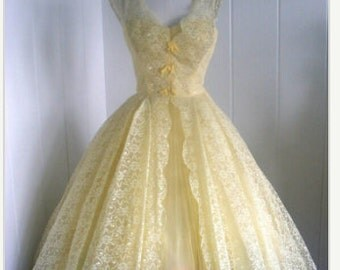 1950's vintage Lace and Tulle dress by Lori Deb+ Free Pittiecoat