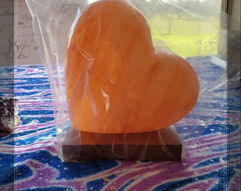 Himalayan salt lamp HEART
