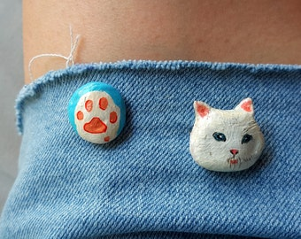 Cat collar brooch/Cat jewelry/Cat pin/Kitty paws/Cute cat pin/Ceramic brooch/Little cat pin/Handmade clay brooch/Animal brooch