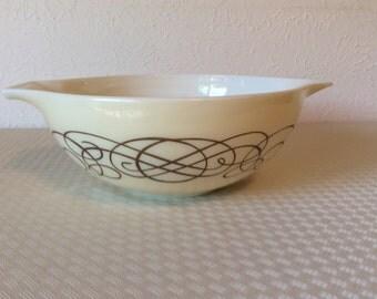 Vintage Cinderella Bowl 444 Gold Scroll 4 Qt #18